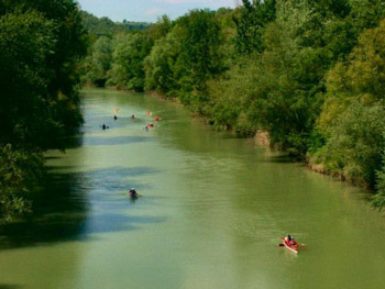 Canoeing On Tiber